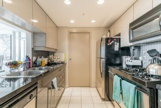 Photo 5: 3906 1408 STRATHMORE  MEWS STREET in Vancouver: Yaletown Condo for sale (Vancouver West)  : MLS®# R2293899
