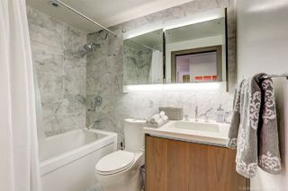 Photo 10: 1811 68 SMITHE STREET in Vancouver: Yaletown Condo for sale (Vancouver West)  : MLS®# R2283102