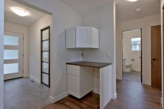 Photo 11: 3839 108 ST NW in Edmonton: Zone 16 House for sale : MLS®# E4129936