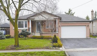 Photo 1: 1475 Bridge Rd in : 1020 - WO West FRH for sale (Oakville)  : MLS®# OM2056389