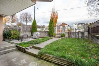 Photo 3: 7845 FRASER STREET in Vancouver: South Vancouver House 1/2 Duplex for sale (Vancouver East)  : MLS®# R2320801