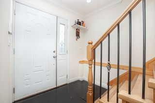 Photo 4: 7845 FRASER STREET in Vancouver: South Vancouver House 1/2 Duplex for sale (Vancouver East)  : MLS®# R2320801