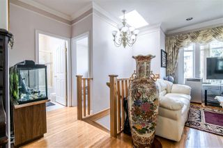 Photo 2: 1330 E 23RD AVENUE in Vancouver: Knight House for sale (Vancouver East)  : MLS®# R2355088