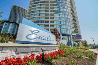 Photo 2: 1808 1788 GILMORE Avenue in Burnaby: Brentwood Park Condo for sale (Burnaby North)  : MLS®# R2398540