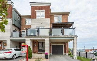 Photo 1: 162 Baycliffe Crescent in Brampton: Northwest Brampton House (3-Storey) for sale : MLS®# W4593287