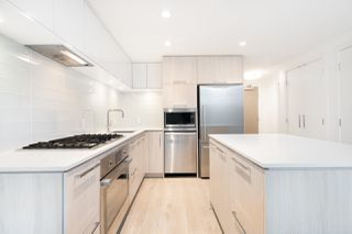 """Photo 5: 315 680 SEYLYNN Crescent in North Vancouver: Lynnmour Condo for sale in """"Compass at Seylynn Village"""" : MLS®# R2420954"""