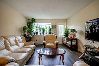 Photo 3: 302 10680 151A Street in Surrey: Guildford Condo for sale (North Surrey)  : MLS®# R2421876