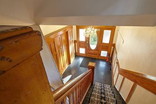 Photo 4: 1943 NAPIER Street in Vancouver: Grandview Woodland House for sale (Vancouver East)  : MLS®# R2423548