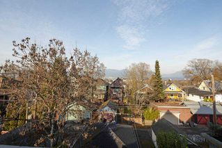 Photo 6: 1943 NAPIER Street in Vancouver: Grandview Woodland House for sale (Vancouver East)  : MLS®# R2423548