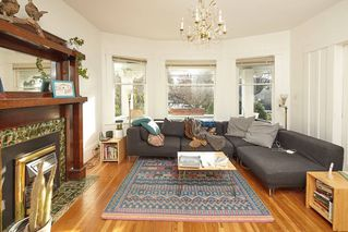 Photo 10: 1943 NAPIER Street in Vancouver: Grandview Woodland House for sale (Vancouver East)  : MLS®# R2423548