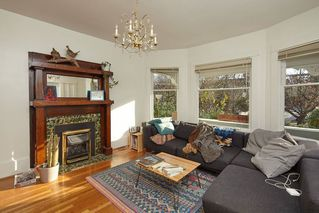 Photo 9: 1943 NAPIER Street in Vancouver: Grandview Woodland House for sale (Vancouver East)  : MLS®# R2423548