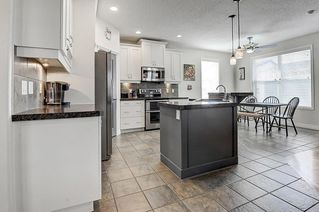Photo 13: 133 PRESTWICK CL SE in Calgary: McKenzie Towne House for sale : MLS®# C4270346