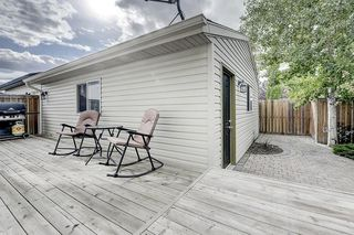 Photo 38: 133 PRESTWICK CL SE in Calgary: McKenzie Towne House for sale : MLS®# C4270346