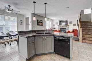 Photo 16: 133 PRESTWICK CL SE in Calgary: McKenzie Towne House for sale : MLS®# C4270346