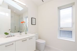 Photo 16: 4468 ONTARIO Street in Vancouver: Main House for sale (Vancouver East)  : MLS®# R2431010