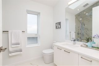 Photo 19: 4468 ONTARIO Street in Vancouver: Main House for sale (Vancouver East)  : MLS®# R2431010
