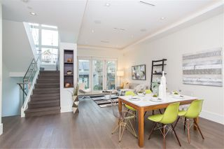 Photo 4: 4468 ONTARIO Street in Vancouver: Main House for sale (Vancouver East)  : MLS®# R2431010