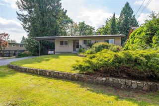 Photo 1: 7559 BLUEJAY Crescent in Mission: Mission BC House for sale : MLS®# R2463228