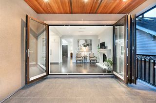 Photo 3: 2149 W 46TH Avenue in Vancouver: Kerrisdale House for sale (Vancouver West)  : MLS®# R2468496