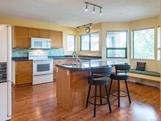 Photo 3: 588 Haida St in COMOX: CV Comox (Town of) House for sale (Comox Valley)  : MLS®# 844049