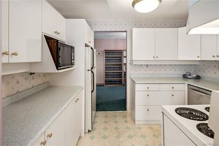 Photo 11: 702 103 E Gorge Rd in Victoria: Vi Burnside Condo for sale : MLS®# 842826