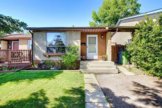 Main Photo: 1052 RANCHVIEW Road NW in Calgary: Ranchlands Semi Detached for sale : MLS®# A1012102