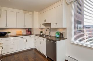 Photo 13: 802D 500 EAU CLAIRE Avenue SW in Calgary: Eau Claire Apartment for sale : MLS®# A1020034