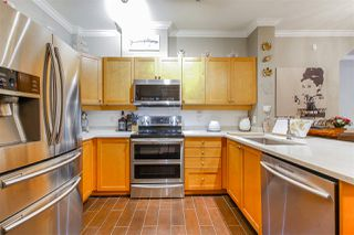 "Photo 12: 125 600 PARK Crescent in New Westminster: GlenBrooke North Condo for sale in ""The Roycroft"" : MLS®# R2485371"