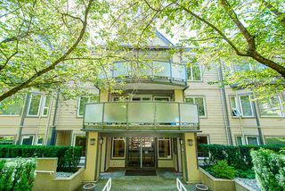 Photo 7: 400 6707 SOUTHPOINT DRIVE in Burnaby: South Slope Condo for sale (Burnaby South)  : MLS®# R2490466