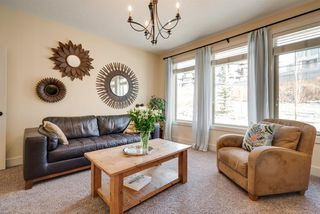 Photo 4: 420 Aspen Glen Place SW in Calgary: Aspen Woods Detached for sale : MLS®# A1048396