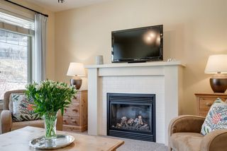 Photo 3: 420 Aspen Glen Place SW in Calgary: Aspen Woods Detached for sale : MLS®# A1048396