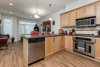 """Photo 4: 62 22865 TELOSKY Avenue in Maple Ridge: East Central Townhouse for sale in """"Windsong"""" : MLS®# R2523870"""