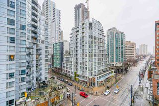 "Photo 21: 803 1188 HOWE Street in Vancouver: Downtown VW Condo for sale in ""1188 Howe"" (Vancouver West)  : MLS®# R2526482"