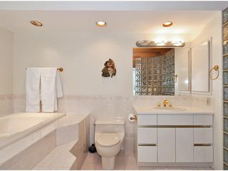 """Photo 7: 30 4957 MARINE Drive in West Vancouver: Olde Caulfeild Townhouse for sale in """"Caulfeild Cove"""" : MLS®# V933217"""