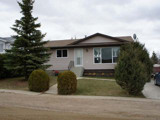 Photo 1: 21 2ND AVENUE SE in Marshall: Residential Detached for sale (Marshall SK)  : MLS®# 46985