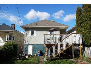 "Photo 9: 836 E 32ND Avenue in Vancouver: Fraser VE House for sale in ""FRASER"" (Vancouver East)  : MLS®# V974186"