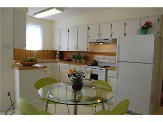 "Photo 4: 836 E 32ND Avenue in Vancouver: Fraser VE House for sale in ""FRASER"" (Vancouver East)  : MLS®# V974186"
