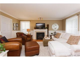 Photo 4: 2399 Selwyn Rd in VICTORIA: La Thetis Heights Single Family Detached for sale (Langford)  : MLS®# 634701