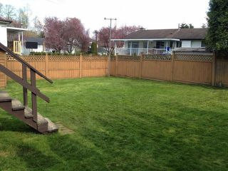 Photo 3: 8088 138TH Street in Surrey: East Newton House for sale : MLS®# F1308887