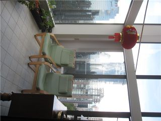 "Photo 6: PH1 1189 HOWE Street in Vancouver: Downtown VW Condo for sale in ""THE GENESIS"" (Vancouver West)  : MLS®# V1005871"