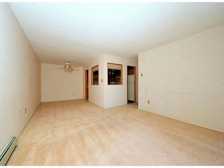 "Photo 4: # 209 33490 COTTAGE LN in Abbotsford: Central Abbotsford Condo for sale in ""Cottage Lane"""