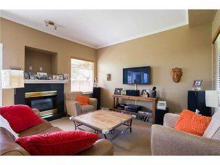 Photo 2: 1545 MAHON AV in North Vancouver: Central Lonsdale Condo for sale : MLS®# V1014249