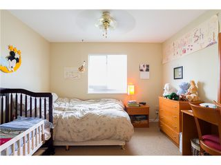 Photo 9: 1545 MAHON AV in North Vancouver: Central Lonsdale Condo for sale : MLS®# V1014249
