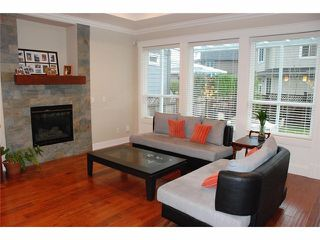 Photo 4: 16275 25th Avenue in White Rock: Grandview Surrey House for sale (South Surrey White Rock)  : MLS®# F1401004