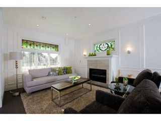 Photo 2: 2435 W 5TH AV in Vancouver: Kitsilano Condo for sale (Vancouver West)  : MLS®# V1053755
