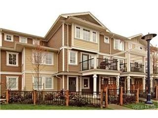 Photo 1:  in VICTORIA: La Langford Proper Row/Townhouse for sale (Langford)  : MLS®# 425893