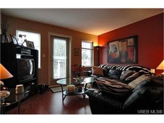 Photo 2:  in VICTORIA: La Langford Proper Row/Townhouse for sale (Langford)  : MLS®# 425893