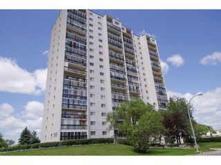 Photo 1: 1975 Corydon Avenue in WINNIPEG: River Heights / Tuxedo / Linden Woods Condominium for sale (South Winnipeg)  : MLS®# 1416674