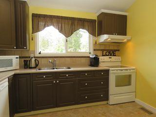 Photo 12: 665 Gleneagles Drive in Kamloops: Sahali House for sale : MLS®# 128869