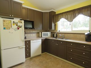 Photo 13: 665 Gleneagles Drive in Kamloops: Sahali House for sale : MLS®# 128869